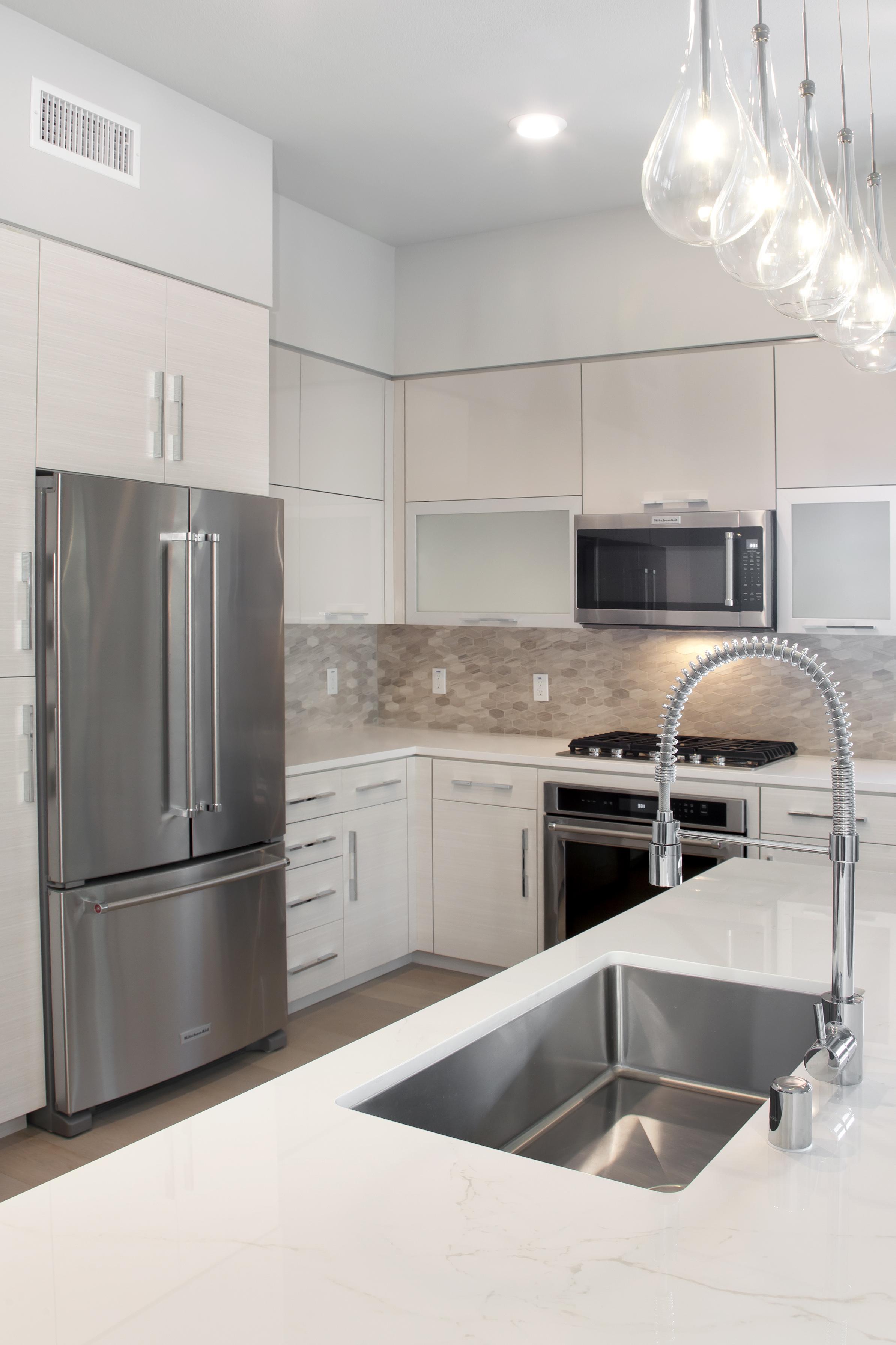 Blu Harbor Apartments, Redwood City Apartments, New Apartment